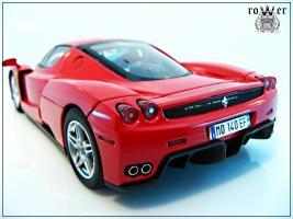 Прикрепленное изображение: FERRARI Enzo 114.jpg