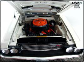Прикрепленное изображение: DODGE Challenger 1970 015.jpg
