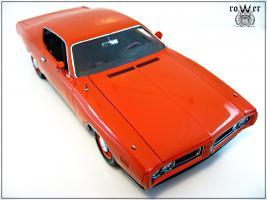 Прикрепленное изображение: DODGE Charger EV2 Hemi Orange 1971 021.jpg