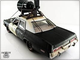 Прикрепленное изображение: DODGE Monaco Bluesmobile 1974 040.jpg