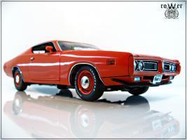 Прикрепленное изображение: DODGE Charger EV2 Hemi Orange 1971 030.jpg