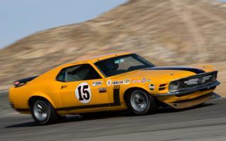 Прикрепленное изображение: 112_0709_01z+1970_ford_mustang_boss_302+driving_on_track.jpg