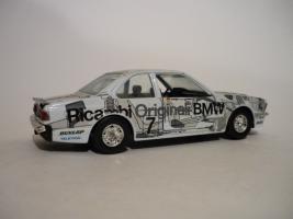 Прикрепленное изображение: BMW 8.JPG