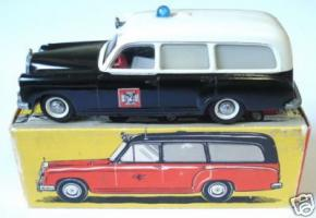 Прикрепленное изображение: M-B 220 ambulance - tekno--.jpg