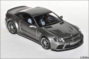 Прикрепленное изображение: 2009 Mercedes-Benz SL65 AMG Black Series (R230) TopGear - Minichamps - 519433820 - 3_small.jpg