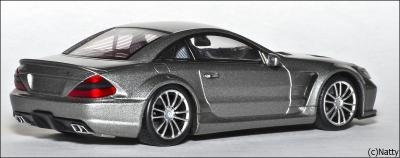 Прикрепленное изображение: 2009 Mercedes-Benz SL65 AMG Black Series (R230) TopGear - Minichamps - 519433820 - 4_small.jpg