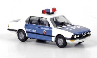 Прикрепленное изображение: BMW 5er (E28)Limousine, Polizei Moskau.jpg