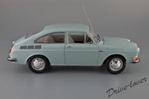 Прикрепленное изображение: Volkswagen 1600 TL Fastback Minichamps 100051020_03.jpg