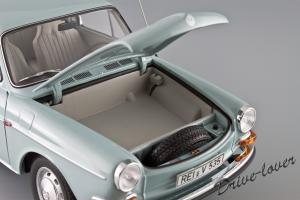 Прикрепленное изображение: Volkswagen 1600 TL Fastback Minichamps 100051020_14.jpg