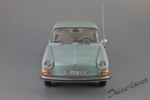 Прикрепленное изображение: Volkswagen 1600 TL Fastback Minichamps 100051020_04.jpg