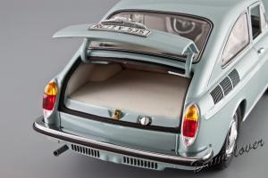 Прикрепленное изображение: Volkswagen 1600 TL Fastback Minichamps 100051020_08.jpg