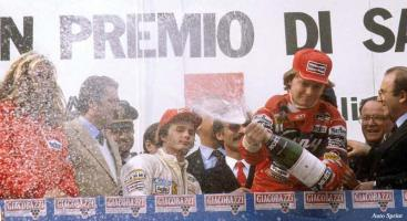 Прикрепленное изображение: 1982-Imola-Villeneuve_Pironi-podium-01.jpg
