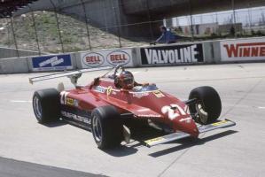Прикрепленное изображение: 1982-Long Beach-126 C2-Villeneuve-course-2.jpg