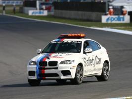 Прикрепленное изображение: autowp.ru_bmw_x6_m_safety_car_1.jpg