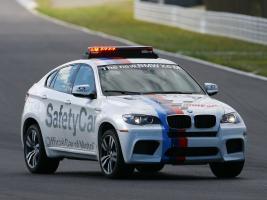 Прикрепленное изображение: autowp.ru_bmw_x6_m_safety_car_3.jpg
