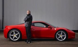 Прикрепленное изображение: Nick-Mason-Ferrari-458.jpg