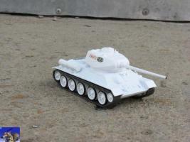Прикрепленное изображение: T-34-85_1-0.jpg