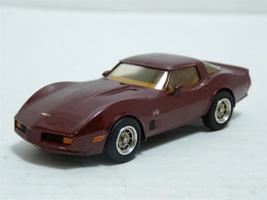 Прикрепленное изображение: Chevrolet Corvette L82 1980 PTH 1.jpg