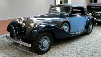 Прикрепленное изображение: Mercedes_Benz_540K_.jpg