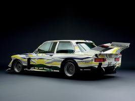 Прикрепленное изображение: 03-bmw-art-car-1977-320i-group-5-lichtenstein-05_1024x768.jpg