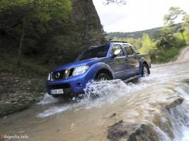 Прикрепленное изображение: Nissan_Navara_2010_-_nv_11.jpg
