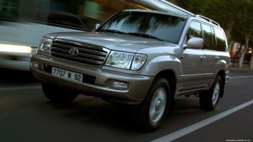 Прикрепленное изображение: Toyota-Land-Cruiser-100-2002-1366x768-018.jpg