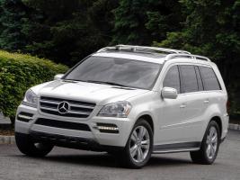 Прикрепленное изображение: Mercedes-GL-Klasse-GL350-BlueTec-USA-X164-2009-Foto-09.jpg