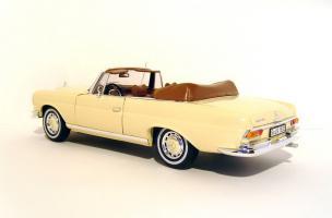 Прикрепленное изображение: 1969_Mercedes_280_SE_Cabriolet__W_111__2.jpg