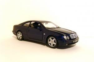 Прикрепленное изображение: 1999_AMG_Mercedes_CLK_55_Coupe__C_208__1B.jpg