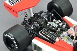 Прикрепленное изображение: McLaren_M23 (28).JPG