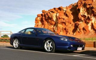 Прикрепленное изображение: md_Ferrari_550_Maranello_803LPT_-_front_right_4_(Mornington,_Victoria,_14_Jun_09).jpg