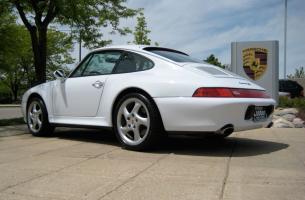 Прикрепленное изображение: porsche-911-carrera-993-1993-1997-04.jpg