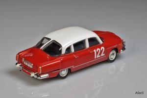 Прикрепленное изображение: Tatra 603-1 1960 Rally Monte-Carlo #122 Foxtoys FOX025 2.jpg