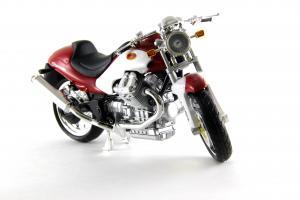 Прикрепленное изображение: Moto Guzzi V10 Centauro (3).JPG