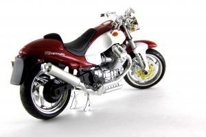 Прикрепленное изображение: Moto Guzzi V10 Centauro (4).JPG