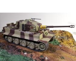 Прикрепленное изображение: Танк Тигр Т6 Pz. Kpfw. VI TIGER I Ausf. E  1944 4228.jpg