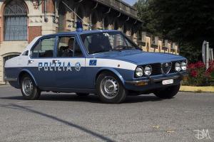 Прикрепленное изображение: alfa romeo alfetta polizia.jpg