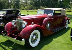 Прикрепленное изображение: Packard Twelve Convertible Victoria by Dietrich.jpg