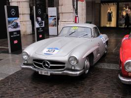 Прикрепленное изображение: #323 Mercedes-Benz 300SL-2.JPG