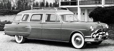 Прикрепленное изображение: Henney-Packard Super Station Wagon-1954.02.jpg