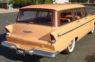 Прикрепленное изображение: Plymouth Belvedere Suburban - 1955.03.jpg