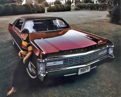 Прикрепленное изображение: 1971 Imperial LeBaron-01.jpg