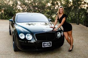 Прикрепленное изображение: Fast-Cars-Girls.jpg