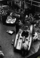 Прикрепленное изображение: Mercedes W196 1954 French GP.jpg