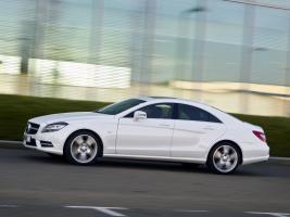 Прикрепленное изображение: Mercedes_CLS-Class_Sedan_2010 (1).jpg