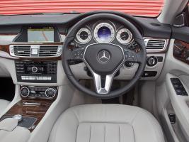 Прикрепленное изображение: Mercedes_CLS-Class_Sedan_2010 (3).jpg