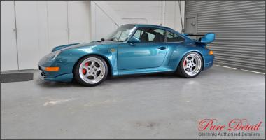 Прикрепленное изображение: porsche-993-gt2-rs-rhd-detail-by-pure-detail-modifed-porsche-register.jpg