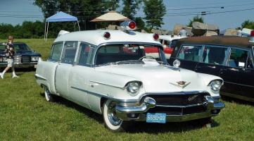 Прикрепленное изображение: Cadillac Ambulance by Miller.jpg