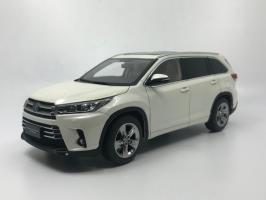 Прикрепленное изображение: Toyota_highlander_2019_white_02.jpg