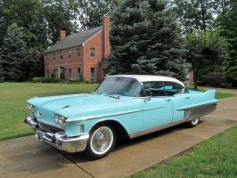 Прикрепленное изображение: Cadillac Fleetwood 60 Special 1958.jpg